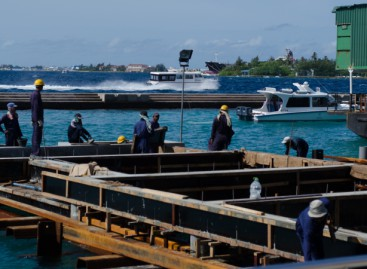 """Elderly man found in Malé lagoon """"died of natural causes"""""""