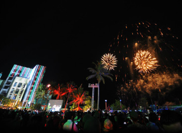 Independence Day celebrations kick off with fireworks