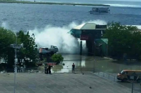 Malé hit by tidal swells