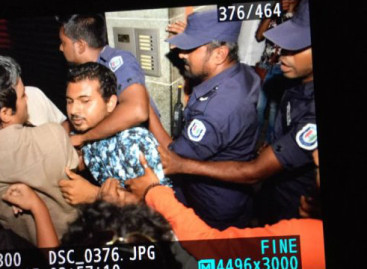 In early morning raid, police 'trespassed, harassed Nasheed's family'