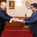 New US ambassador presents credentials to president