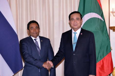 Yameen asks Thai PM to waive visas for Maldivians