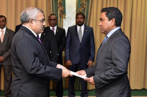 Yameen in Singapore on unannounced visit