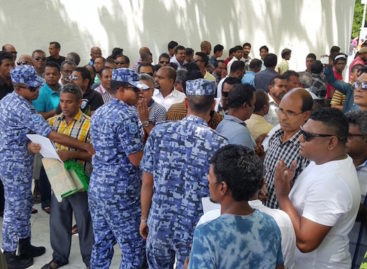 Three arrested from opposition prayer gathering