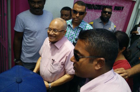 Gayoom and Yameen continue war of words