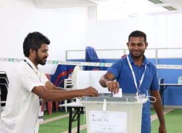 Well-being poll could hold clues to Maldives presidential election