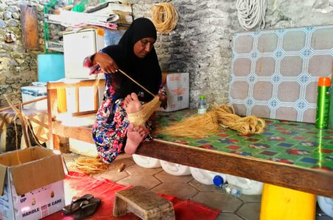 The ropemakers of Kulhudhuffushi
