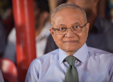 Gayoom accused of destroying evidence as lawyers allege 'mental harm'