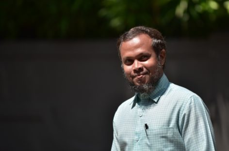 Calls for sheikh to drop charges against journalists