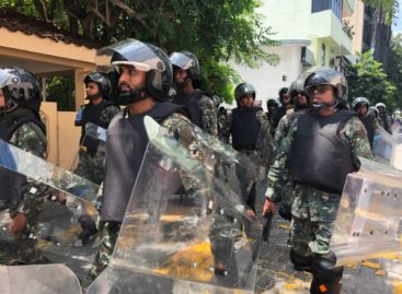 #MaldivesInLimbo as parliament stalls on state of emergency vote