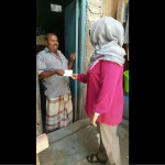 First lady distributes cash in visits to Malé households