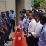 MPs barred entry as Maldives parliament shortens term